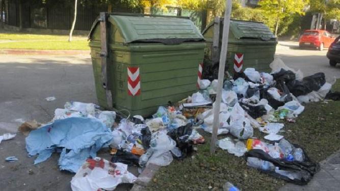"""""""Los camiones para recolectar basura ya deberían estar en Montevideo"""""""