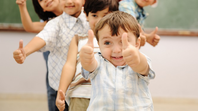 Descubrí cómo afrontar los miedos de los niños al inicio de clases