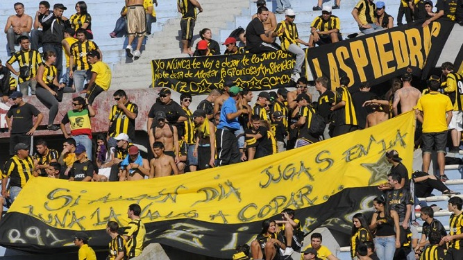 """Trostchansky promete """"administración moderna"""" y """"sin vínculos con la violencia"""" en Peñarol"""