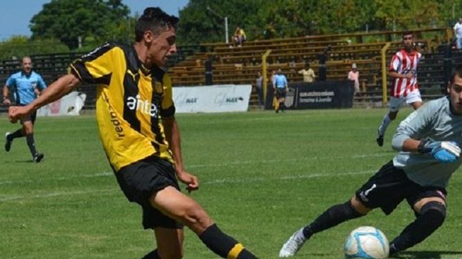 """Merentiel: """"Es muy complicado jugar en Peñarol"""""""